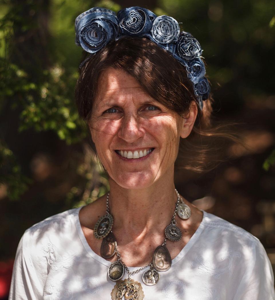 Pamela Moulton :